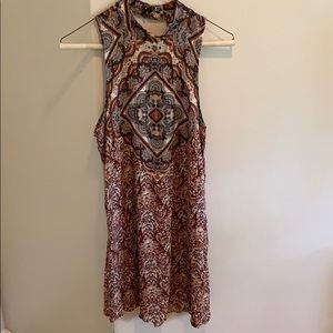 Pattern printed burgundy dress